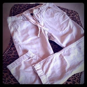 ABERCROMBIE distressed khaki pants W32L32